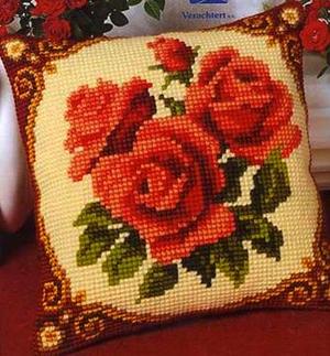 vyshitaya_podushka_interera Как оформить вышивку в подушку?