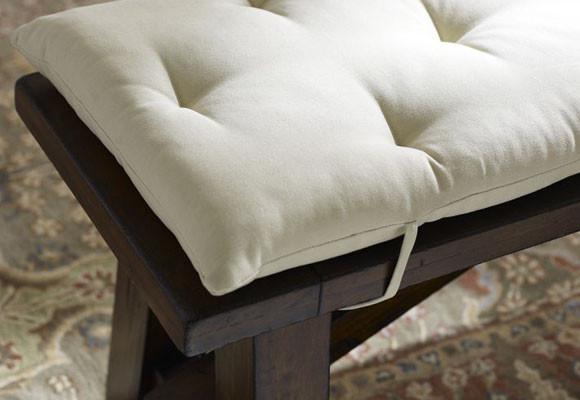Подушки для садовой мебели: кресел, скамеек, стульев